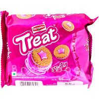 BRITANNIA Treat Strawberry Cream Biscuits